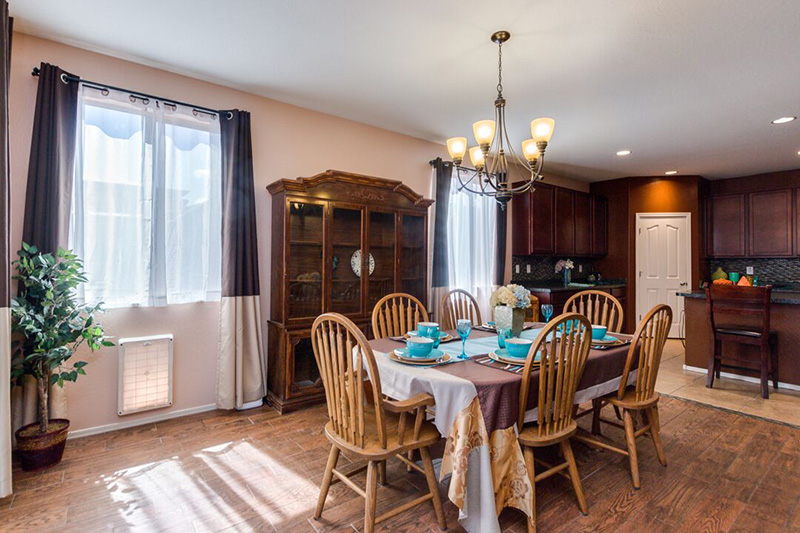15807 W Shaw Butte Dr Dining Room 3